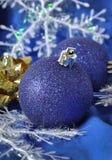 De blauwe ballen van Kerstmis Stock Afbeelding