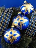 De blauwe bollen van de boom Stock Fotografie