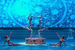 De blauwe en witte porselein-acrobatiek-algemene Vakbonds` s Dag van de Arbeid toont Stock Afbeeldingen
