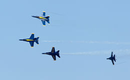 De Blauwe engelen van het Eskader van de Demonstratie van de Marine van de V.S. stock foto's
