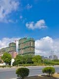 De blauwe hemel en de bouwwerf Royalty-vrije Stock Foto's