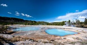De blauwe Hete Lentes, het Nationale Park van Yellowstone Stock Foto's