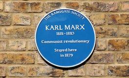 De blauwe plaque van Karl Marx Stock Afbeelding