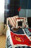 De blauwe slaapkamer van jonge geitjes Stock Foto