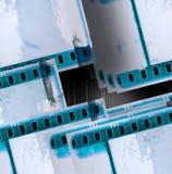 De blauwe uitstekende achtergrond van de filmstrook Royalty-vrije Stock Afbeelding