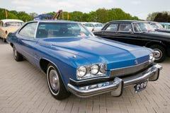 De blauwe uitstekende auto van Buick LeSabre van 1973 Royalty-vrije Stock Afbeeldingen