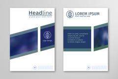 De blauwe vector van het het ontwerpmalplaatje jaarverslag van de bedrijfsbrochurevlieger Stock Afbeelding