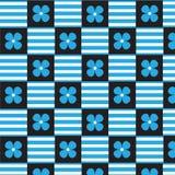 De blauwe witte gestreepte en blauwe achtergrond van het bloem geruite patroon Royalty-vrije Stock Foto's