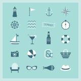De blauwe Zomer, Zee, en geplaatste Strandpictogrammen Royalty-vrije Stock Foto's