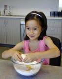 De Blik van Vermaak op a-het Gezicht van het kind. Stock Foto