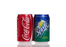 De blikken van de coca-cola en van SPRITE Royalty-vrije Stock Afbeelding