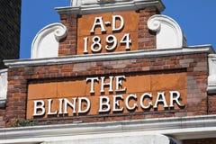 De Blinde Bedelaar Pub in Londen stock fotografie