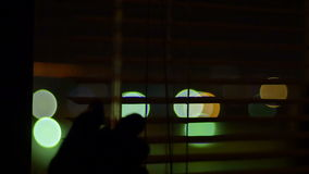 De Blindenmening van het nachtvenster stock footage