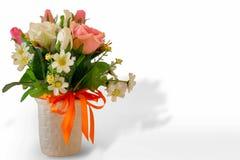 De bloem, Boeket, Vaas, Bos van Bloemen, nam - Bloem toe stock foto