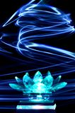 De bloem van de kristallotusbloem in het lichte schilderen Stock Afbeeldingen