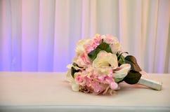 de bloem van het handboeket royalty-vrije stock afbeeldingen