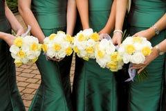 De Bloemen van bruidsmeisjes Stock Afbeelding