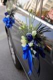 De Bloemen van de Auto van het huwelijk Stock Afbeeldingen