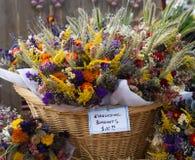 De bloemen van de daling stock afbeeldingen