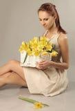 De bloemen van de holding stock fotografie