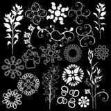 De bloemen zwarte achtergrond van ontwerpelementen stock illustratie