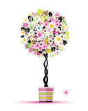 De bloemenboom van de zomer in pot voor uw ontwerp Royalty-vrije Stock Foto's