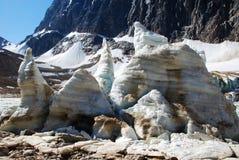 De blokken van het ijs en het meer van het Ijs Royalty-vrije Stock Fotografie
