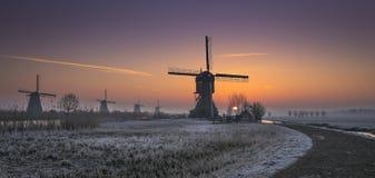De Blokker en Kinderdijk Holanda Imagenes de archivo