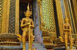 De boeddhistische Beeldhouwwerken van de Tempel royalty-vrije stock foto's