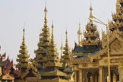 De boeddhistische tempel complexe Shwedagon is een historisch symbool van Boeddhisme, Myanmar stock afbeeldingen