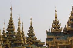 De boeddhistische tempel complexe Shwedagon is een historisch symbool van Boeddhisme, Myanmar stock foto's