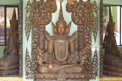 De boeddhistische tempel complexe Shwedagon is een historisch symbool van Boeddhisme, Myanmar royalty-vrije stock afbeeldingen