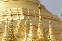 De boeddhistische tempel complexe Shwedagon is een historisch symbool van Boeddhisme, Myanmar royalty-vrije stock foto