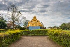 De boeddhistische tempel met het reuzestandbeeld van Boedha in Foz doet iguacu Stock Afbeeldingen