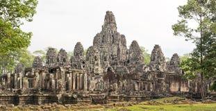 De Boeddhistische Tempel van Bayon in Angkor Thom, Kambodja Stock Afbeeldingen