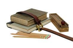 De boeken en de potloden van de school Stock Afbeeldingen