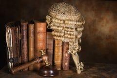 De boeken van de rechter royalty-vrije stock foto's