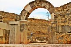De bogen en de kolommen van de Grieken royalty-vrije stock fotografie