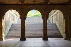 De Bogen van het Terras van Bethesda, Central Park, New York Stock Foto