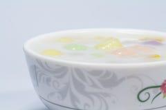 De bol van de drie kleurenrijst in kokosmelk Stock Foto