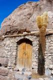 01 06 2000 de Bolivia odległości warstwy żeńskich lake ustanowione samotnych daleko nad Salar soli uyuni chodzącym cienką podróżn Zdjęcie Stock
