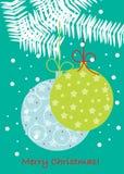De bollen van Kerstmis op tak Stock Afbeeldingen