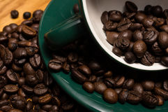 De bonen en de kop van Coffe Royalty-vrije Stock Foto's