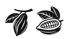 De bonen van de cacao op wit royalty-vrije illustratie