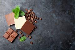De bonen van de chocolade en van de koffie Royalty-vrije Stock Foto's