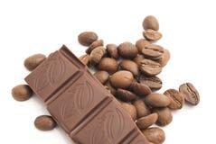 De bonen van de koffie en donkere chocolade Royalty-vrije Stock Fotografie