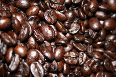 De Bonen van de Koffie van het braadstuk Royalty-vrije Stock Afbeelding