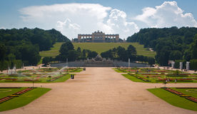 De boog van Gloriette in park Schonbrunn Stock Afbeelding