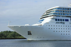 De boog van het cruiseschip Stock Afbeeldingen