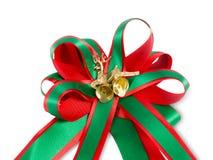 De boog van het Kerstmislint op witte achtergrond Stock Foto